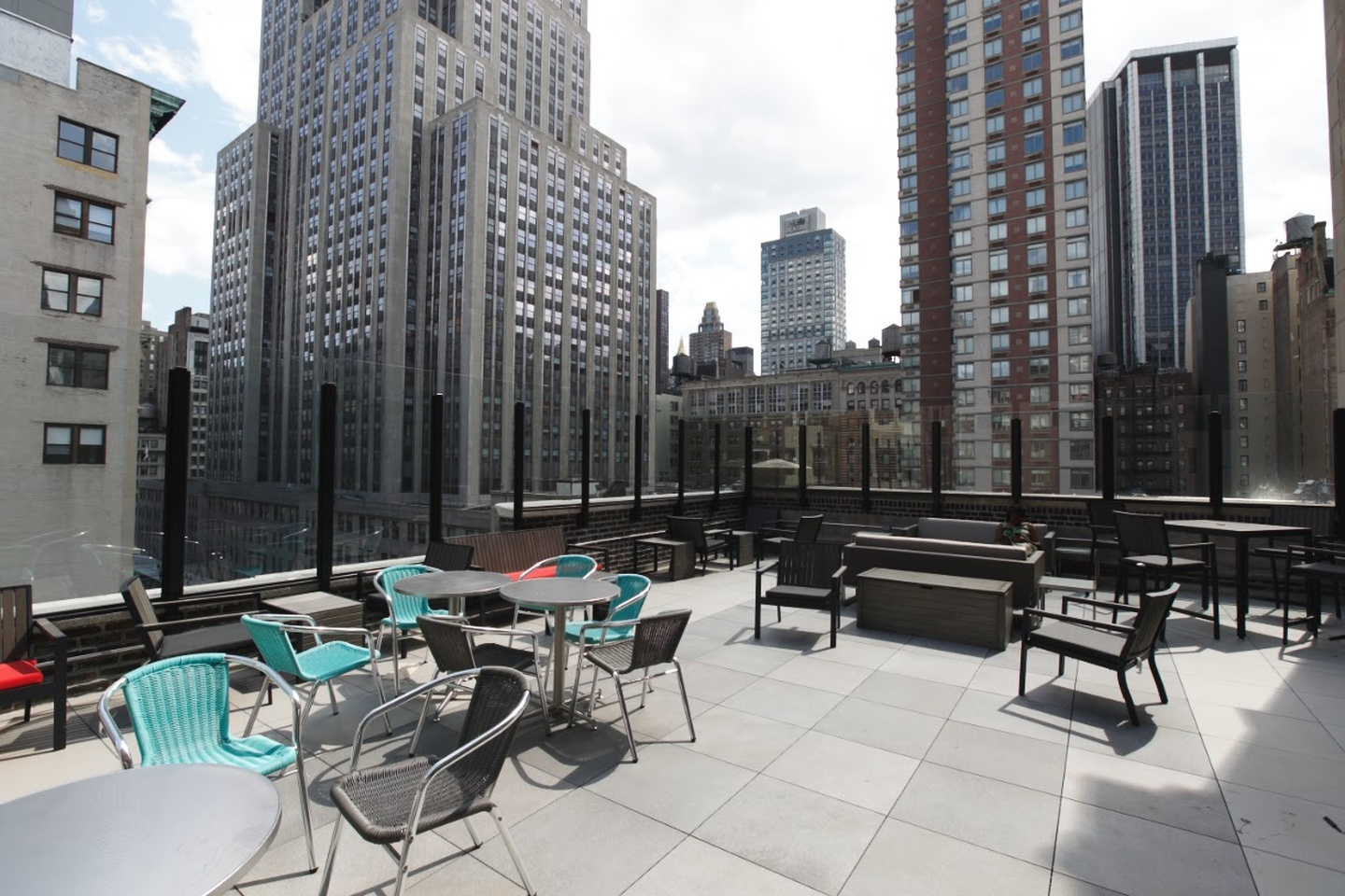 NYC corporate event venues Rooftop Jay Suites  34th Street - Rooftop terrace image 2