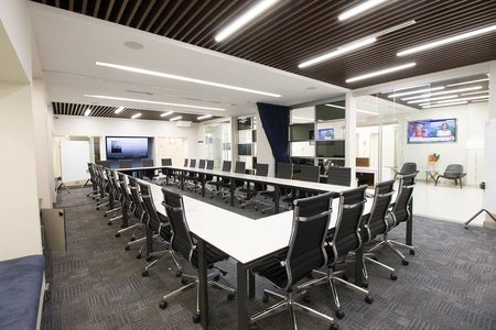 NYC seminar rooms Meeting room Jay Suites  Times Square - Uber Meeting Room I image 0