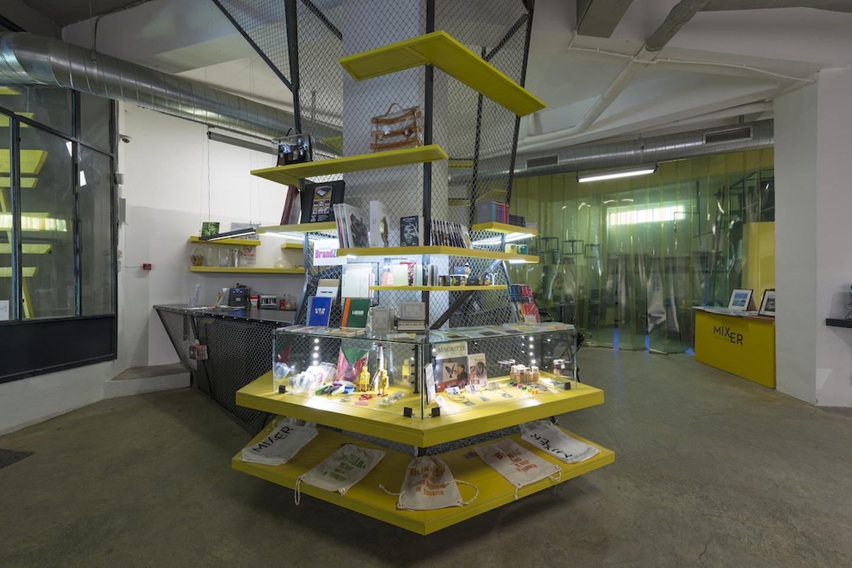 Autres villes workshop spaces Galerie d'art Mixer Arts Gallery image 11