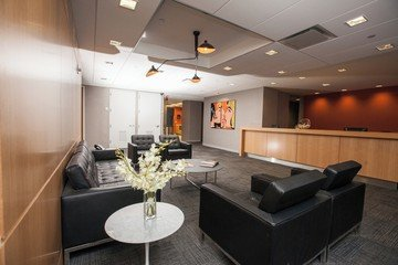 NYC conference rooms Meetingraum Corporate Suites 8 Person Board Room 8C image 2
