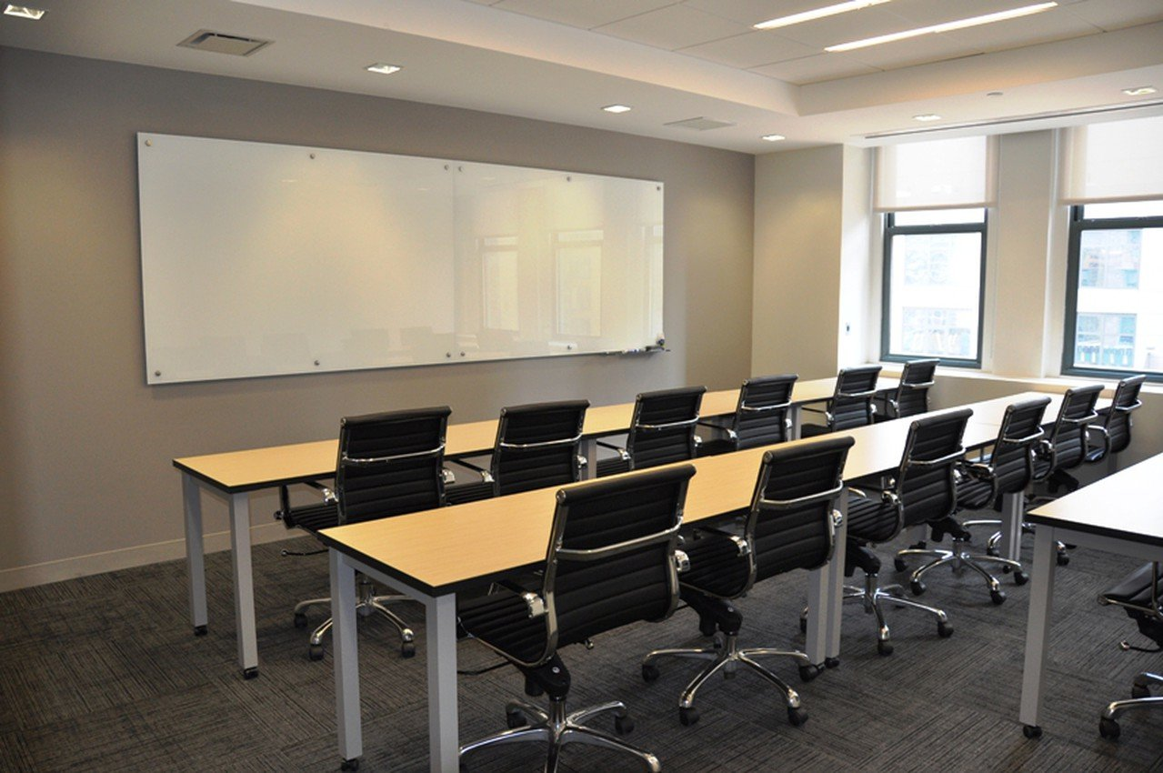 NYC seminar rooms Salle de réunion Corporate Suites Seminar Space 20A image 0