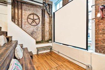 NYC workshop spaces Lieu historique The Farm Soho - Bleachers image 2