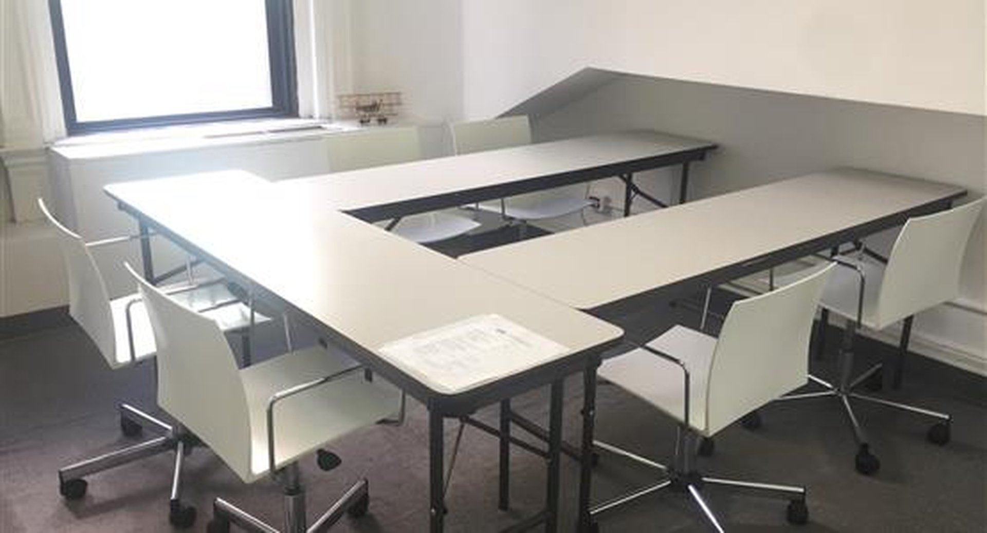 NYC conference rooms Espace de Coworking Sage Workspace - Room H image 0