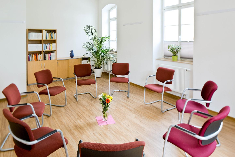 Leipzig Train station meeting rooms Meetingraum IKOME - Bibliothek image 1