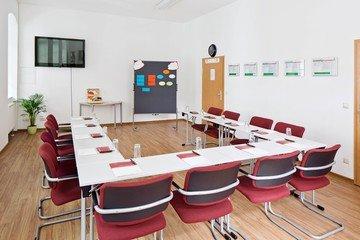 Leipzig Train station meeting rooms Meeting room IKOME - Klassiker image 2
