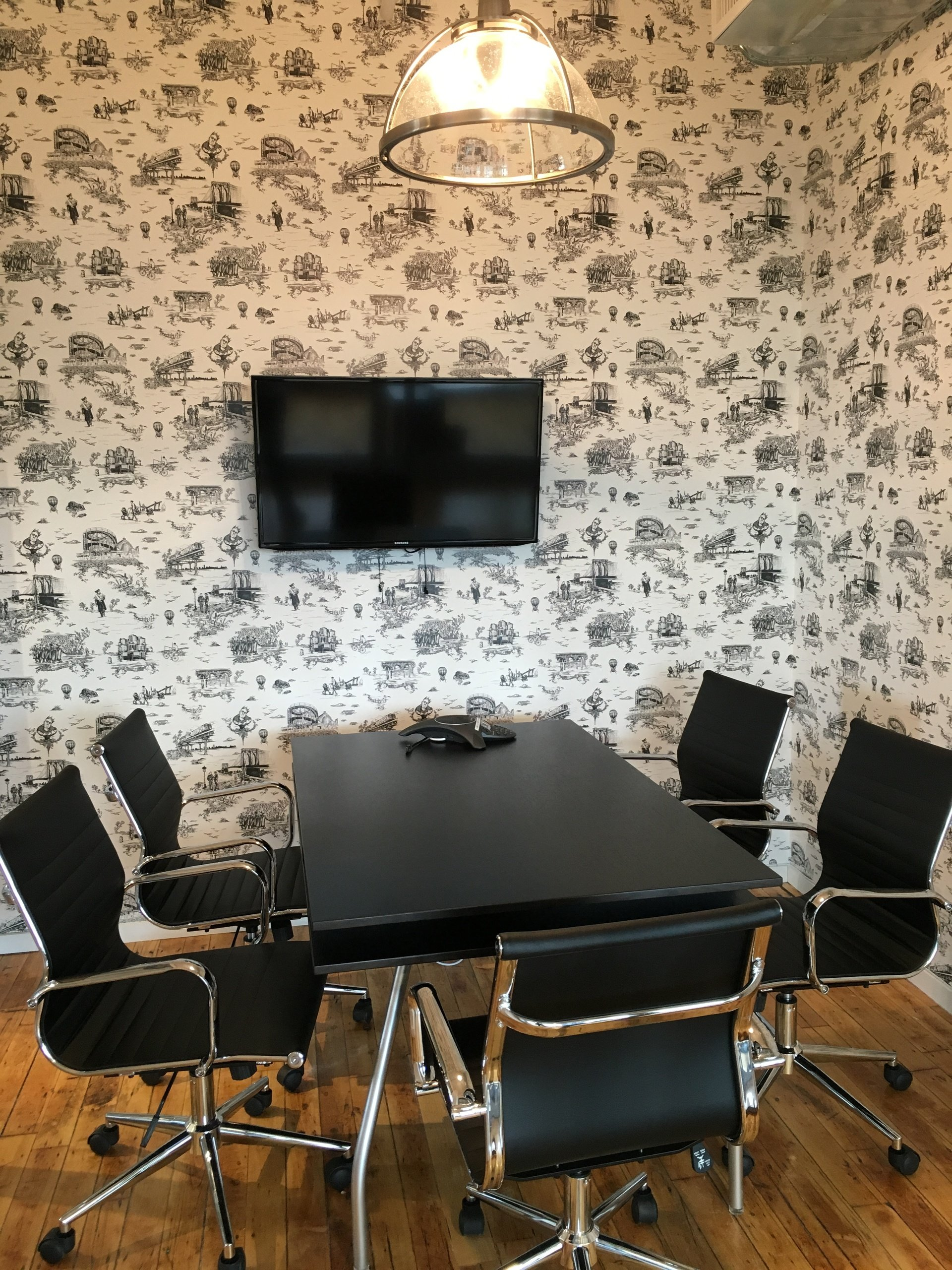 NYC conference rooms Coworking space PencilWorks - Grey Room image 0