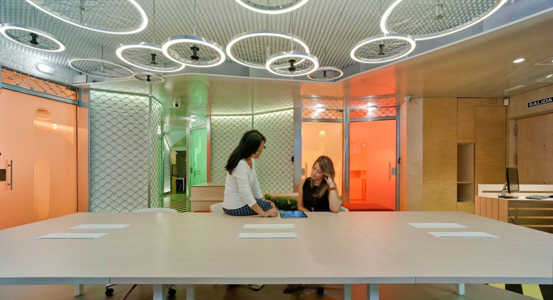 Madrid seminar rooms Coworking space The Underground Den S.L. image 0