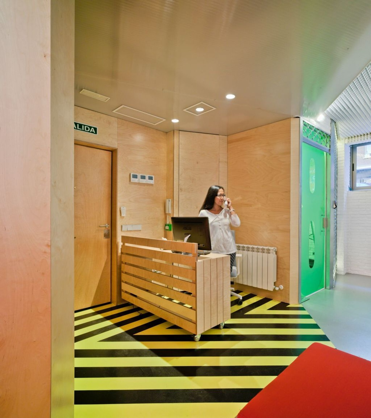 Madrid seminar rooms Coworking space The Underground Den S.L. image 2