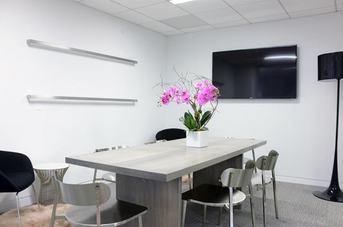 NYC conference rooms Meeting room Space530 - The Mezz image 1