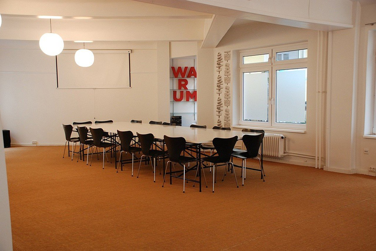 Hamburg workshop spaces Meetingraum Pilatuspool image 0