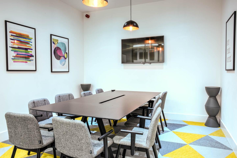 Londres conference rooms Salle de réunion Headspace - Sherlock image 1