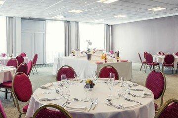 Paris corporate event venues Meetingraum LE BLANC-MESNIL image 1