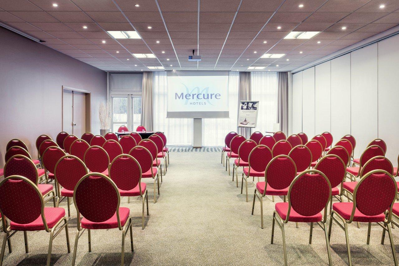 Paris corporate event venues Meetingraum LE BLANC-MESNIL image 0