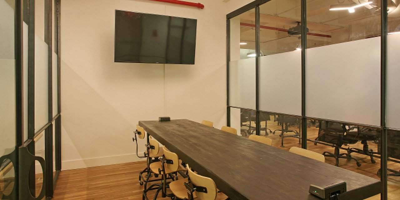 NYC conference rooms Meeting room The Bond Collective - Flatiron - 3rd Floor Conference Room image 0