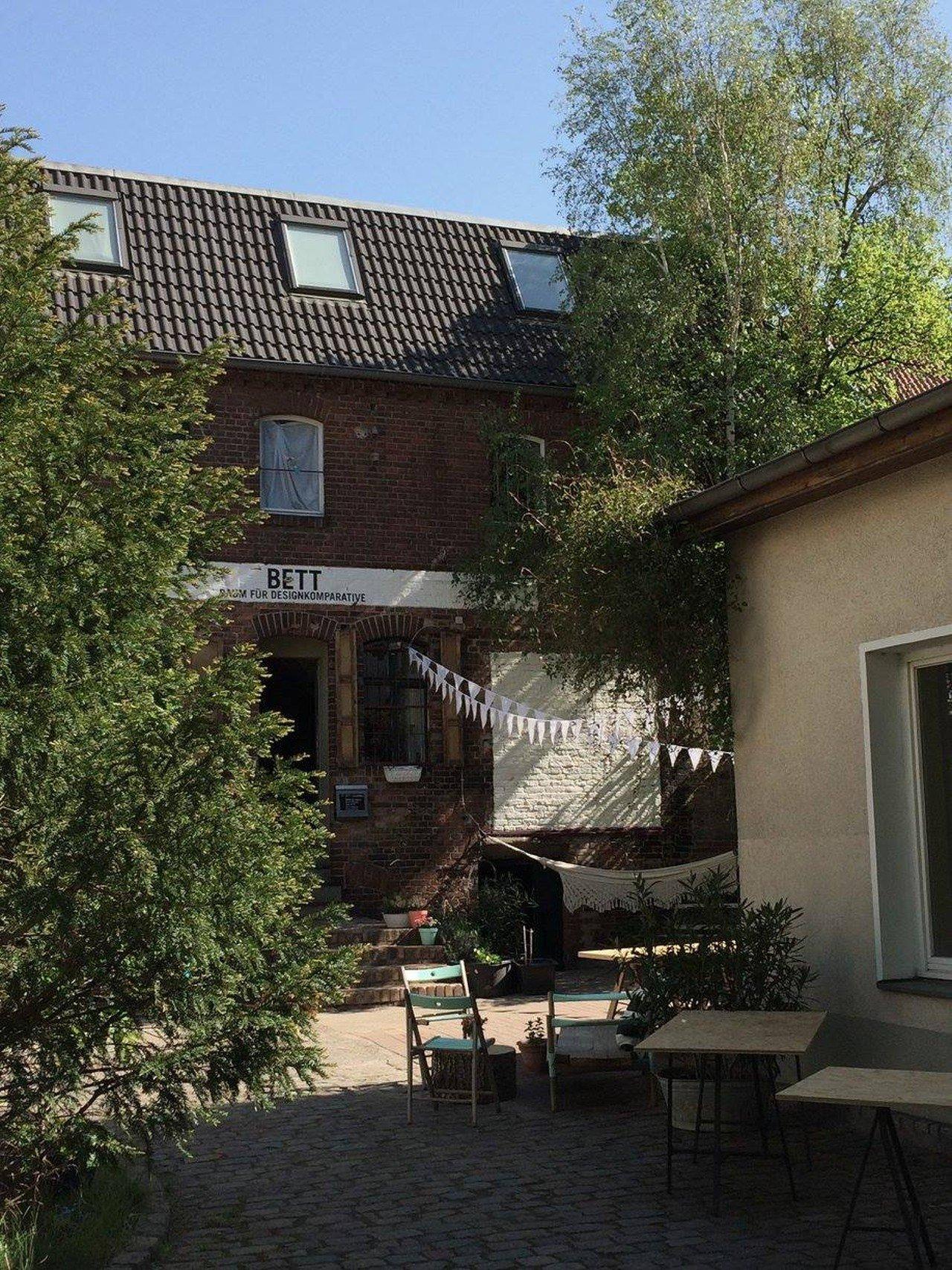 bett coworking mieten in berlin. Black Bedroom Furniture Sets. Home Design Ideas