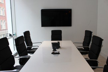 NYC conference rooms Espace de Coworking Cubico Dry Erase Conference Room  image 1