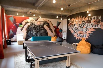 Berlin workshop spaces Espace de Coworking rent24 Mitte - Activity Room image 1