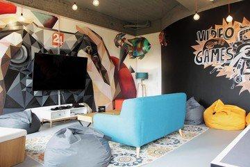 Berlin workshop spaces Espace de Coworking rent24 Mitte - Activity Room image 5
