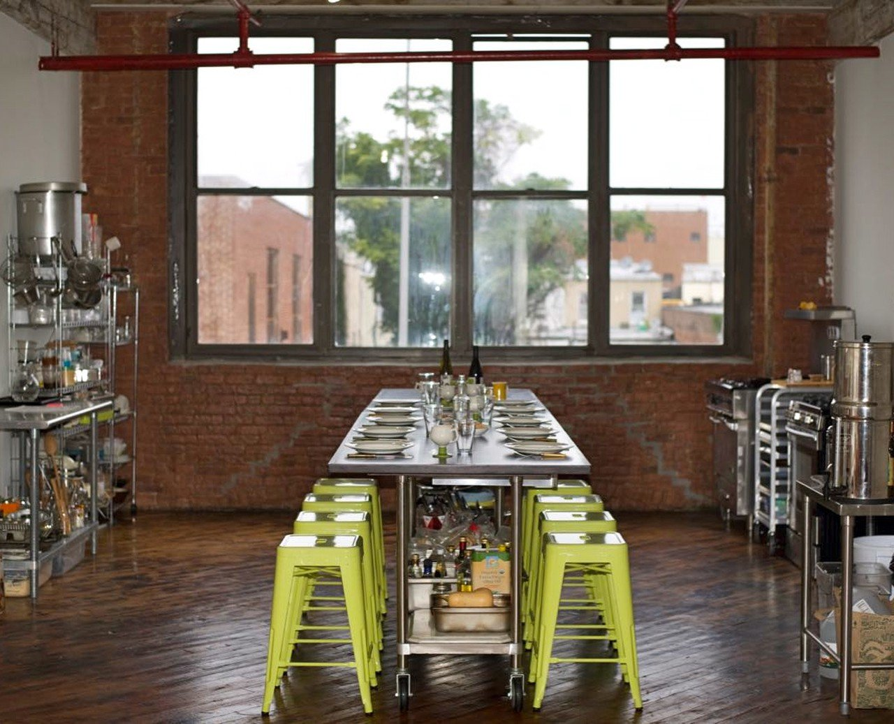 NYC workshop spaces Industriegebäude Brooklyn Culinary Studio image 0