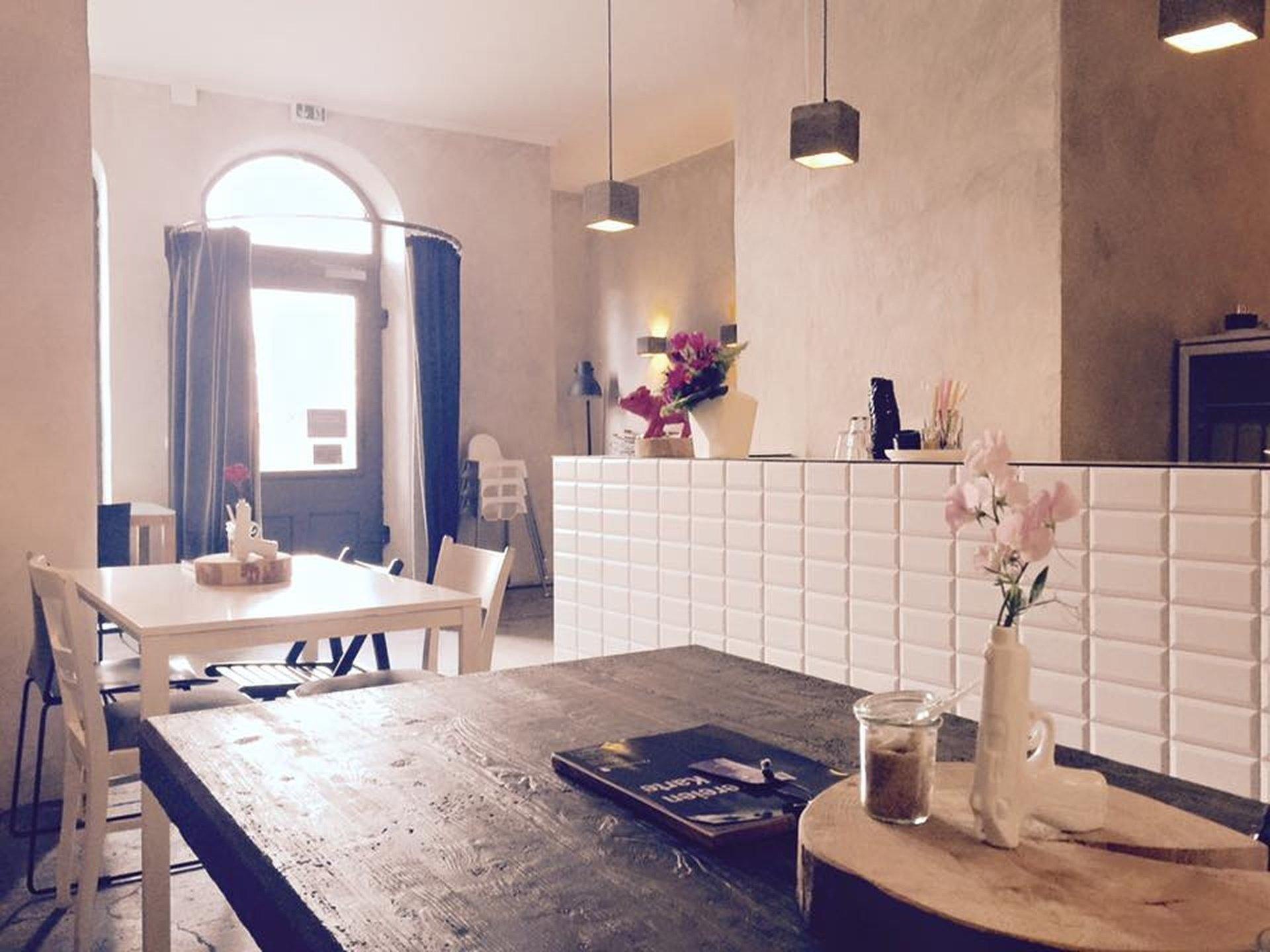 Nuremberg workshop spaces Cafe Deins&Meins image 0