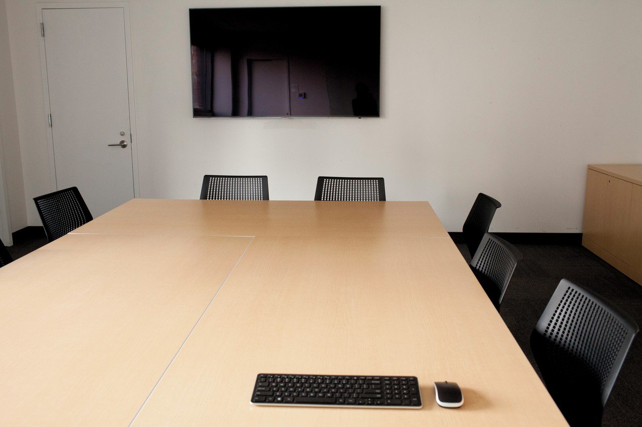 NYC conference rooms Meetingraum God´s Love We Deliver - Queens Conference Room image 0