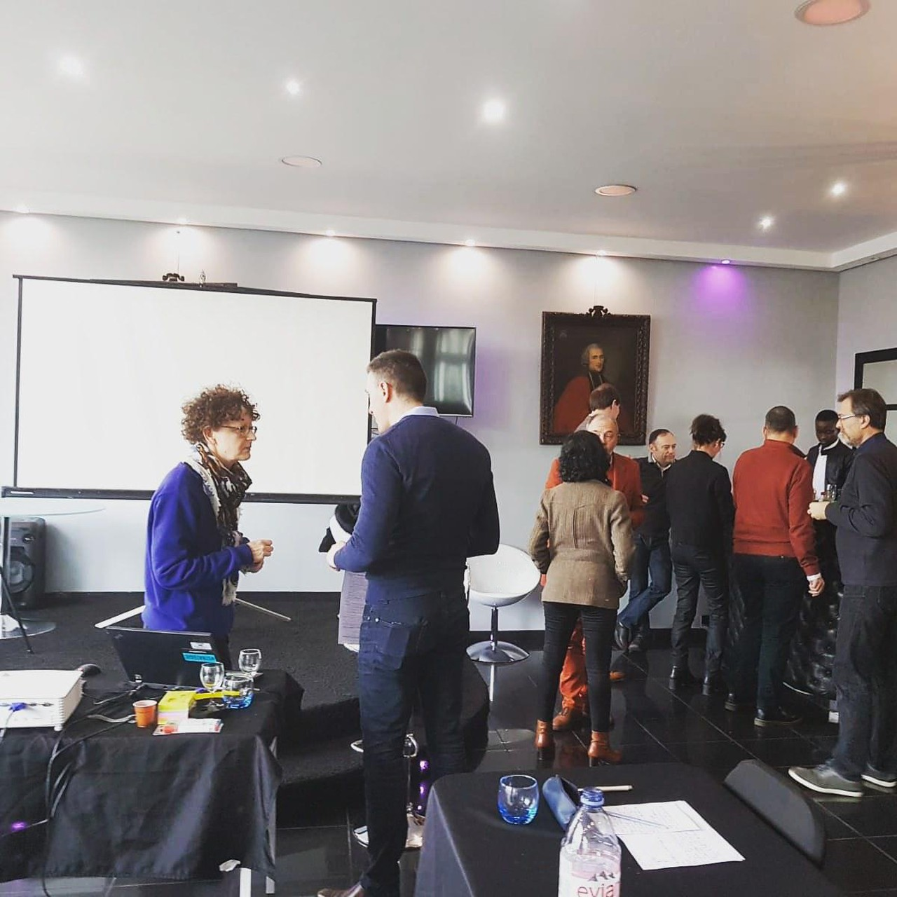 Paris training rooms Private residence Showroom for day events image 0