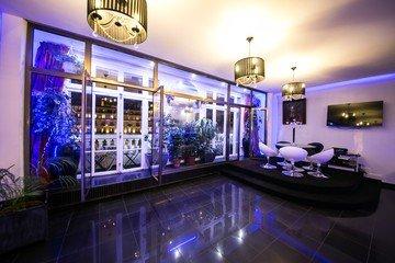 Paris corporate event venues Lieu Atypique Loft Champs Elysée image 11
