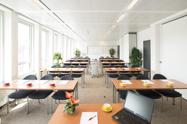München seminar rooms Meetingraum ecos office center münchen - Konferenzräume 4+5 image 2