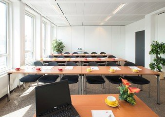 Munich seminar rooms Salle de réunion ecos office center münchen - conference room 4 image 1