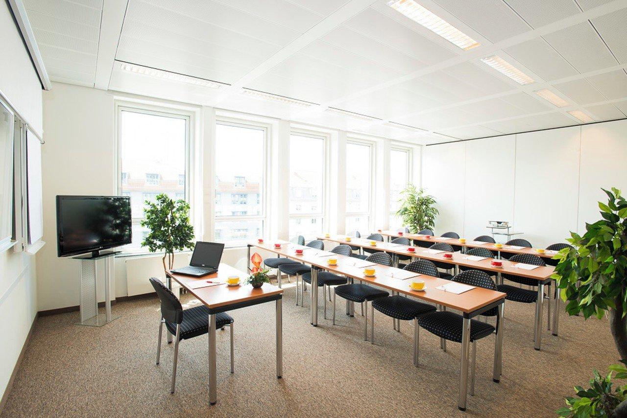 Munich seminar rooms Salle de réunion ecos office center münchen - conference room 4 image 0
