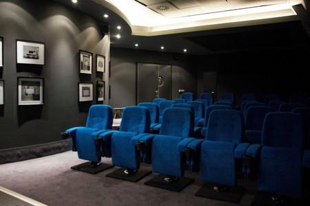 Berlin training rooms Privatkino rent24 Cinema image 3
