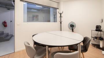 Paris training rooms Espace de Coworking Salle de réunion CA image 2