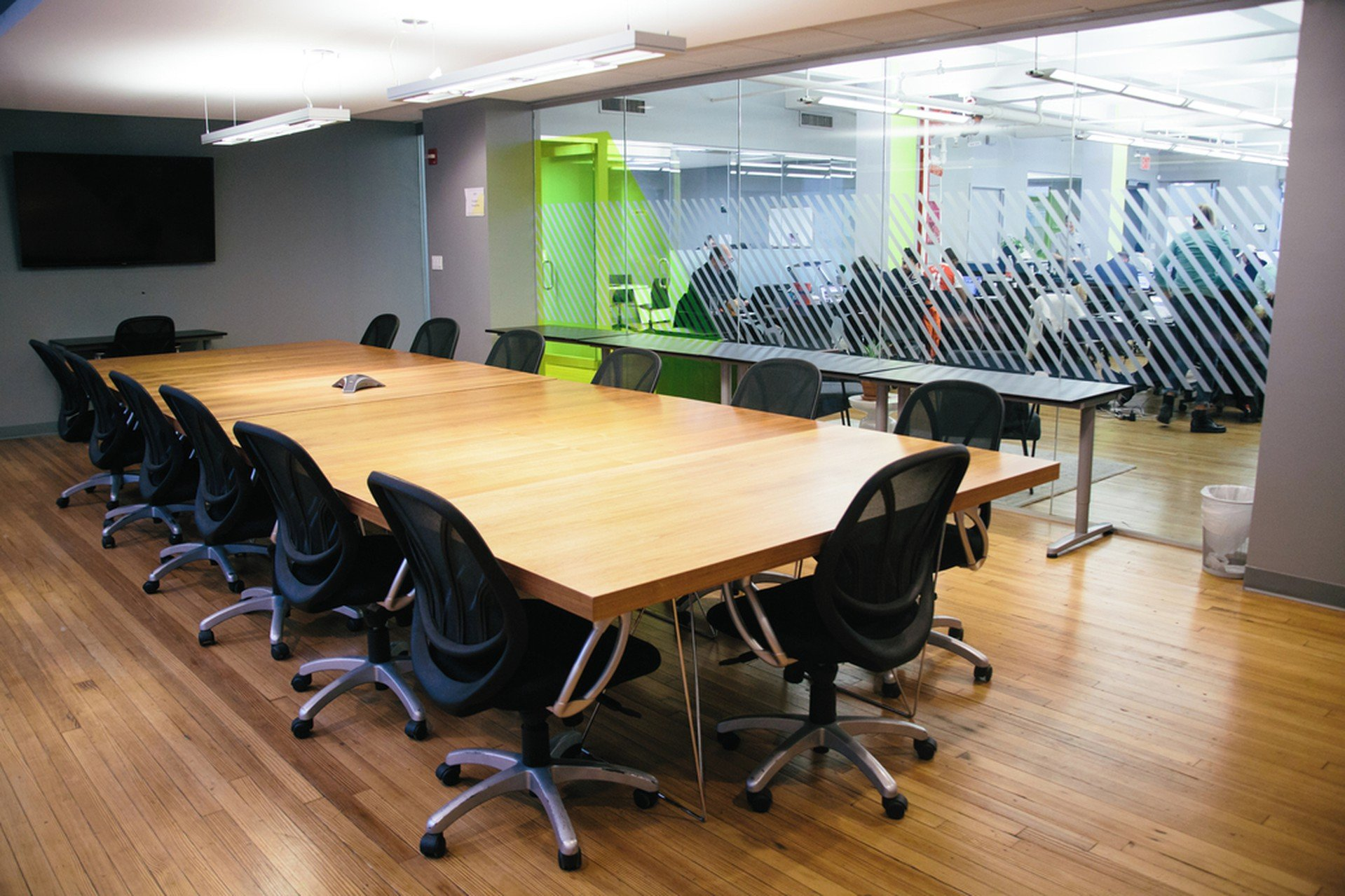 NYC conference rooms Salle de réunion Voyager HQ Board Room image 1