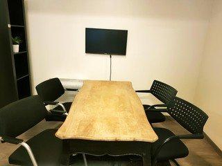 Paris Salles de conférence Espace de Coworking SPLIT Coworking - deal room - gare du nord image 5