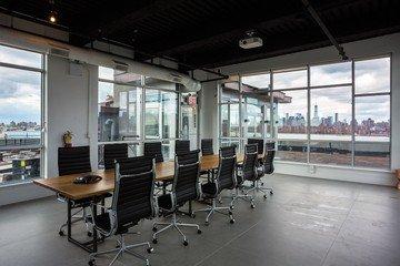 NYC training rooms Salle de réunion Green Desk - Skyline Meeting Room image 3