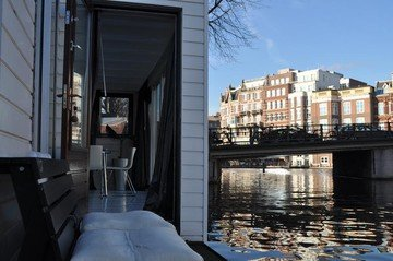 Amsterdam conference rooms Boat Rembrandt square houseboat image 15