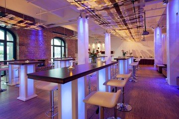 Berlin corporate event venues Private residence Spreespeicher - Capitol Yard Golf Lounge image 2