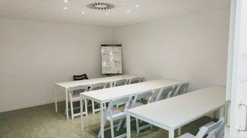Barcelone training rooms Espace de Coworking Start2bee Travessera image 10