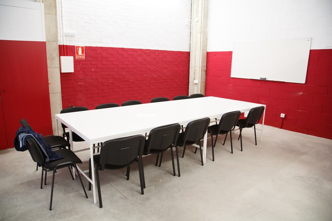 Barcelona workshop spaces Coworking space Sinèrgics Coworking Baró de Viver image 0