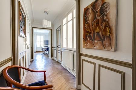 Paris training rooms Meetingraum Office Meeting Room with view Place de l'Etoile image 5
