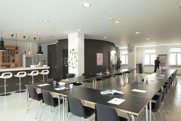München Schulungsräume Meetingraum Super helles Loft 130m²  mit 2 Fensterfronten & Terrasse image 25