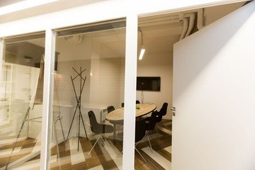Paris training rooms Meetingraum myCowork Montorgueil image 0