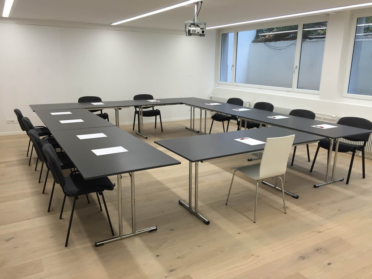 Zurich seminar rooms Meeting room ecos office zurich - Schilthorn image 0