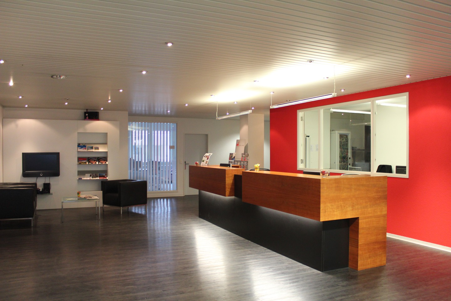 Rest of the World conference rooms Meeting room ecos office hünenberg - small conference room image 1