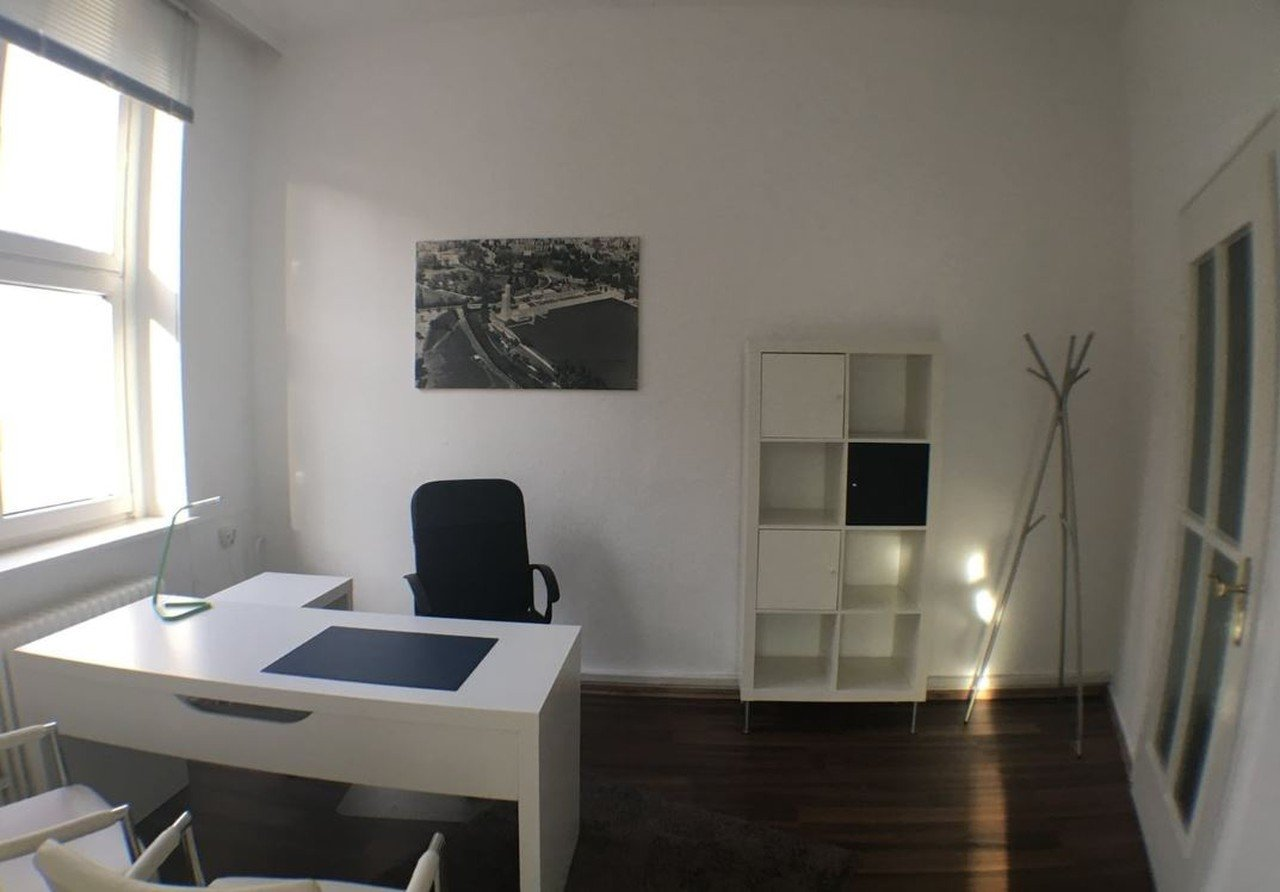 Hannover conference rooms Coworking space Desk2Rent Uihlein-Haus Hannover City image 0