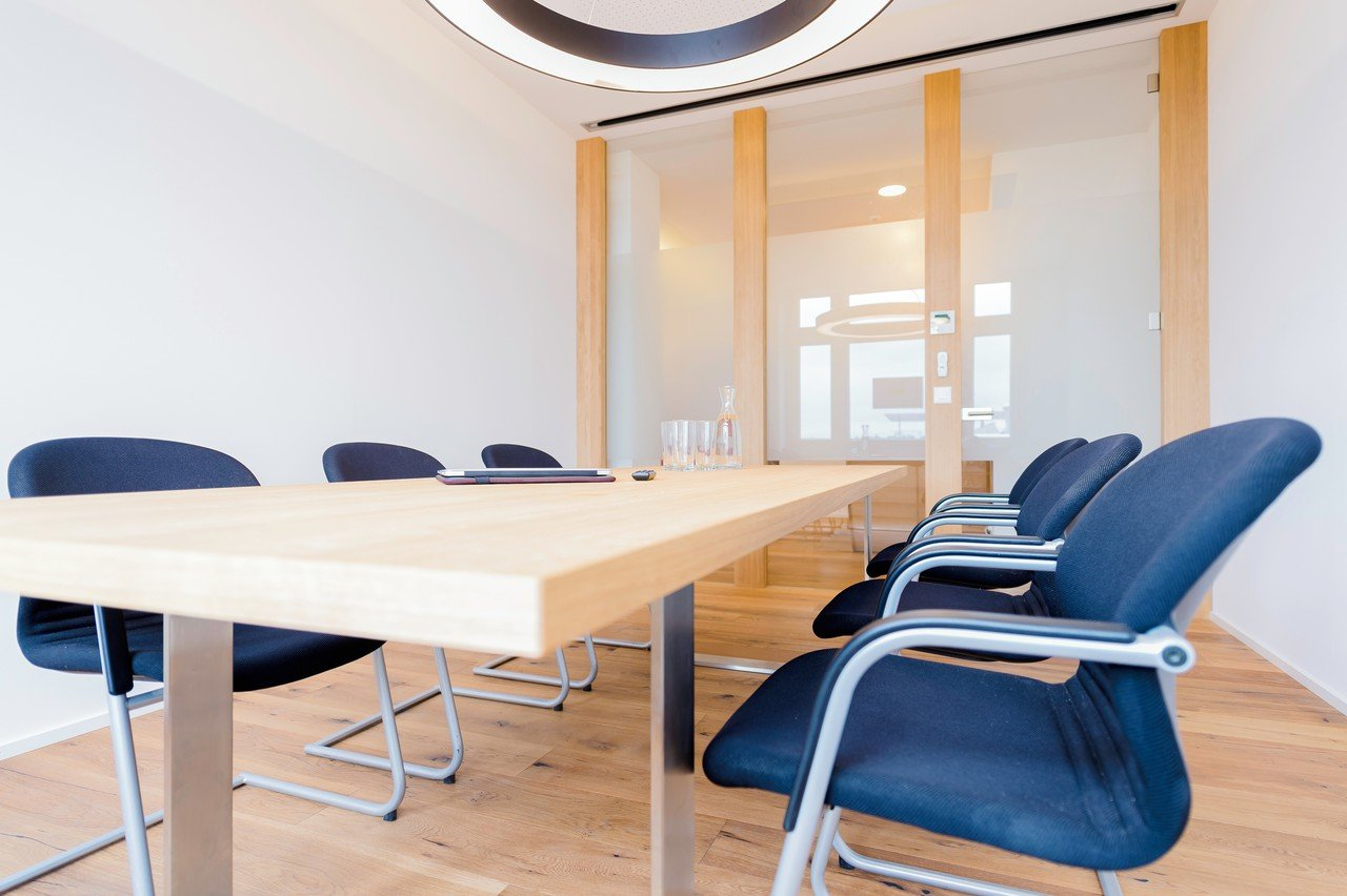 "Zurich conference rooms Coworking space Mein Büro - Meeting room ""Matterhorn"" image 0"