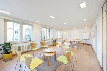 Zürich conference rooms Meetingraum Selbsthilfecenter- Raum 2 image 0