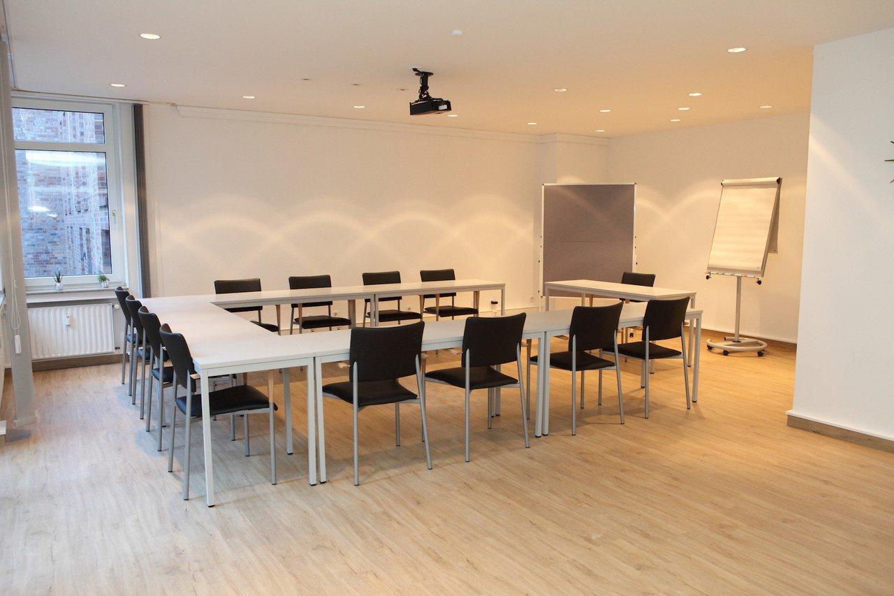 "Düsseldorf seminar rooms Meetingraum rheinräume: Raum ""Altstadt"" image 0"