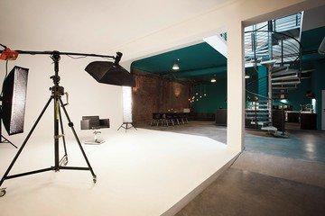 Hamburg workshop spaces Salle de réunion superstudio image 12