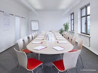 Hamburg training rooms Meetingraum Akademie International - Fontenay Seminar room image 1